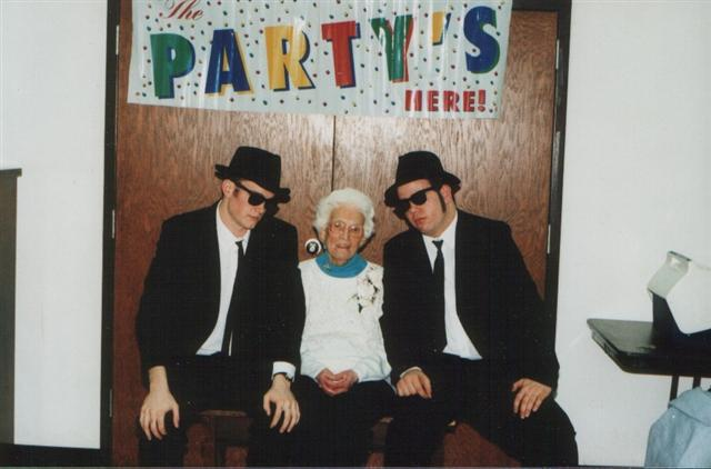 A younger Shannon with his cousin Pete and Grandma Cerneka