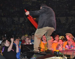 7,500 NCYC 2009-ers are Jammin' With Jesus!